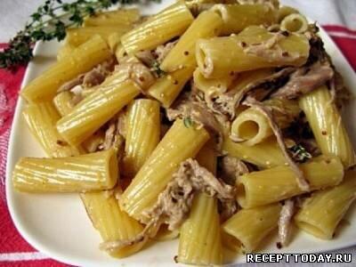 Рецепт Макароны с тушенкой