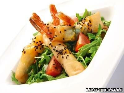 Рецепт Салат с креветками и рукколой