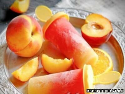 Малиновое парфе с персиками