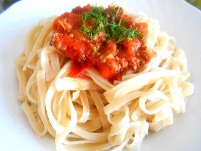 Итальянская паста с фаршем и томатом